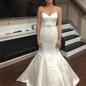David's bridal sweetheart neckline mermaid satin